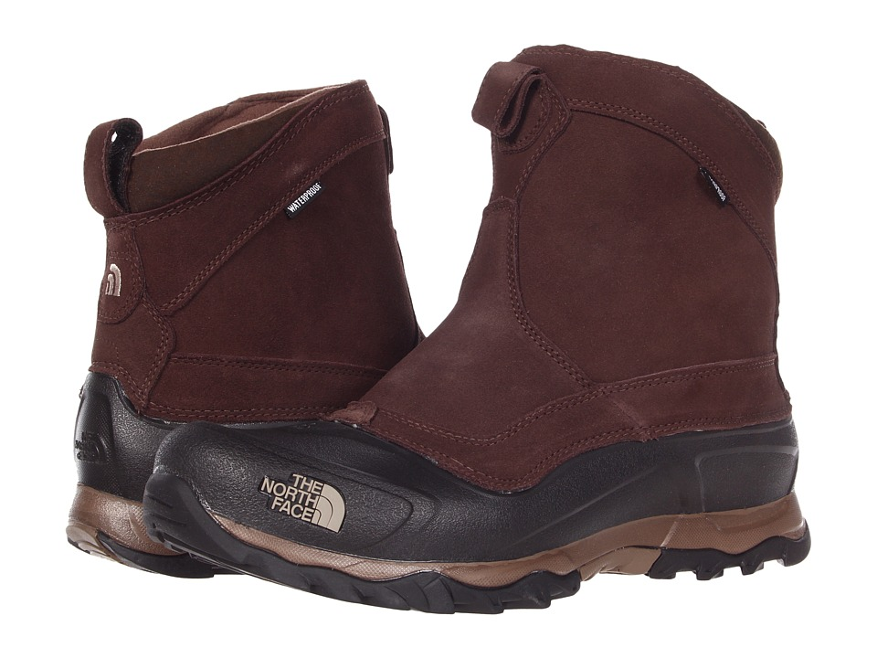 The North Face - Snowfuse Pull-On (Demitasse Brown/Dune Beige) Men's Cold Weather Boots