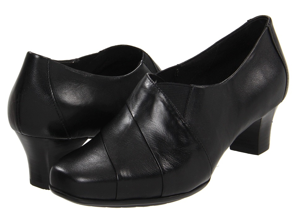 Aravon - Elizabeth (Black) Women's Slip on Shoes
