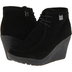 Bearpaw Astoria (Black) Footwear