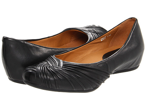 Earth - Vanya Earthies (Black) Women's Slip-on Dress Shoes