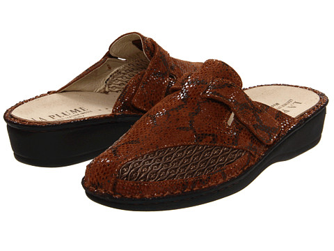 La Plume - Geri Tail (Brown) Women's Slip on Shoes