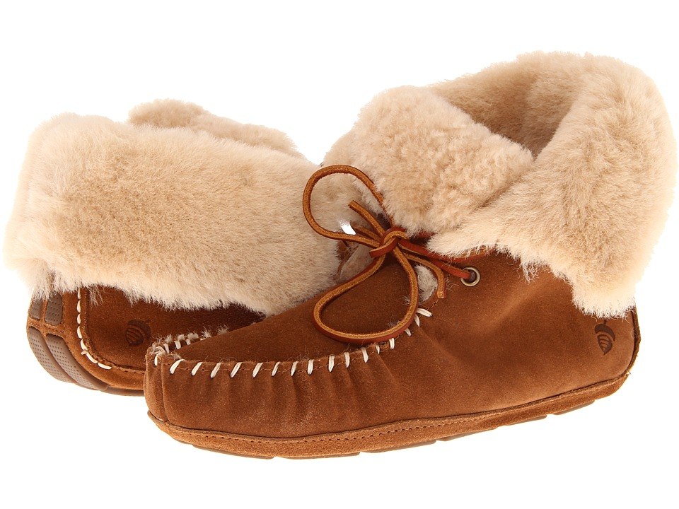 Acorn Sheepskin Moxie Boot (Chestnut) Women