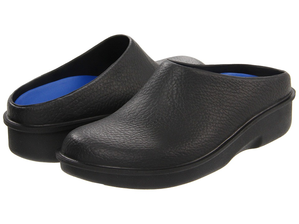 Klogs Footwear - Kennett (Black) Women's Clog Shoes