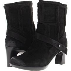 Earth Snapdragon (Black) Footwear