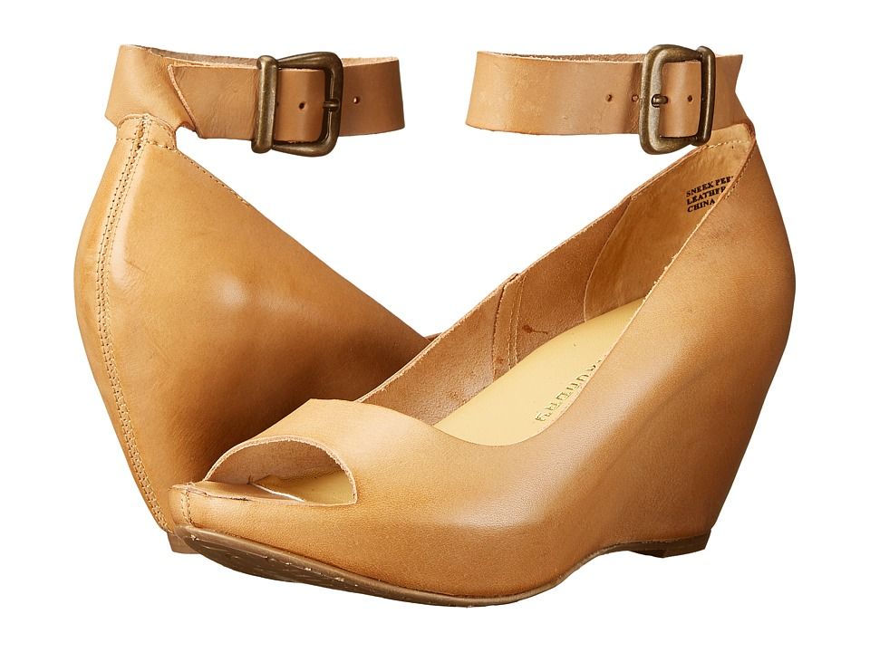 Chinese Laundry - Sneek Peek (Natural) Women's Wedge Shoes