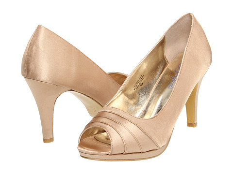 Bouquets Carissa (Gold/Champagne Satin) Women's Bridal Shoes