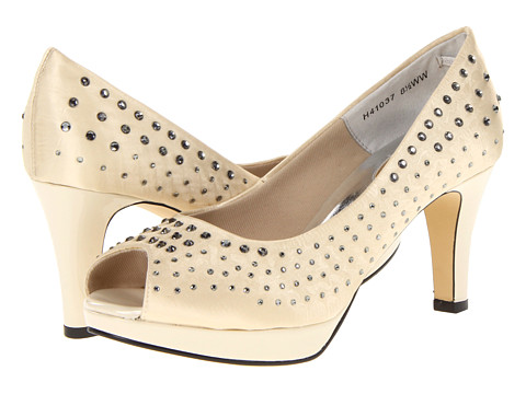Ros Hommerson Princess (Champagne Microdot) Women's Slip-on Dress Shoes