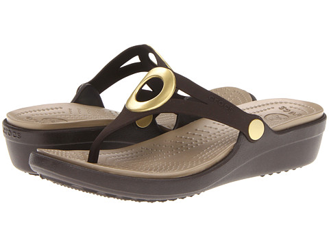 Crocs - Sanrah Wedge Flip-Flop (Espresso/Khaki) Women's Sandals