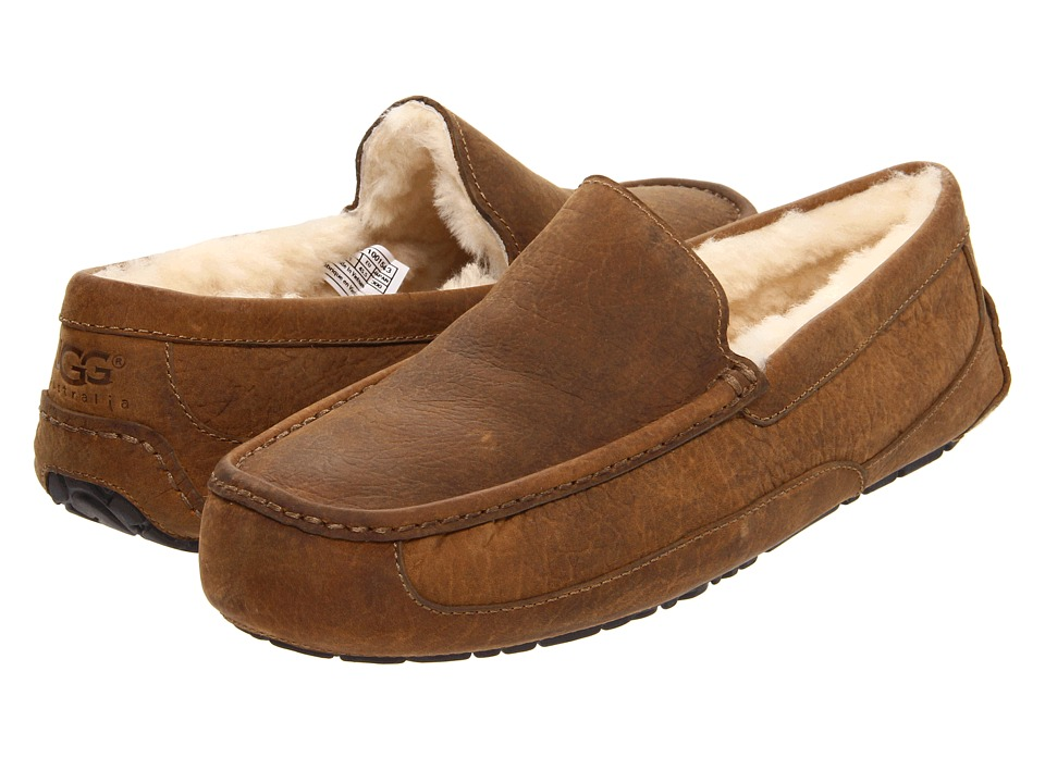 UGG - Ascot (Chestnut Leather) Men's Slippers