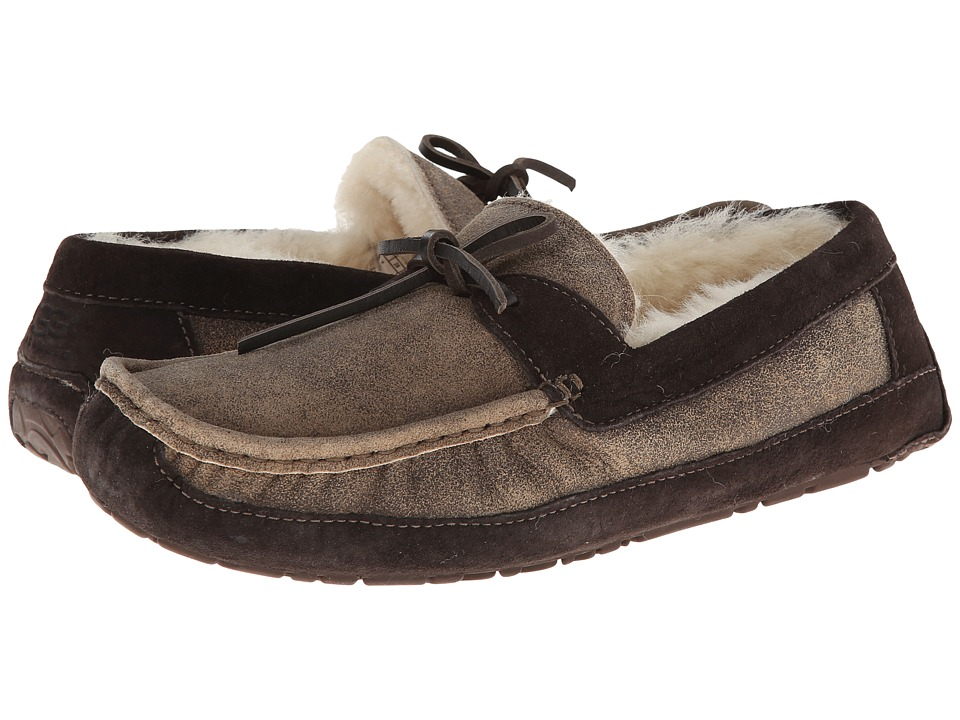 UGG - Byron (Bomber Jacket Chocolate Twinface) Men's Slippers