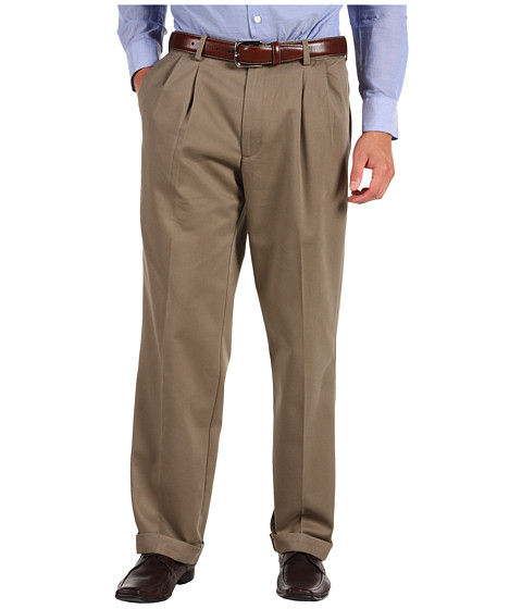 Dockers Men's - Comfort Waist Khaki D3 Classic Fit Pleated (Malt) Men's Casual Pants