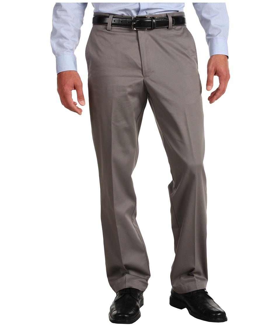 Dockers - Signature Khaki D2 Straight Fit Flat Front (Grisaille) Men's Casual Pants