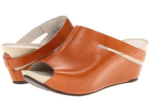 Tsubo - Ovid (Natural) Women's Wedge Shoes