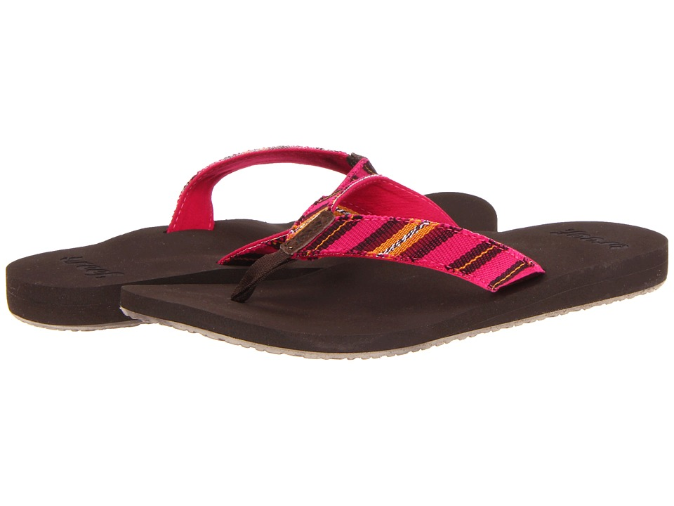 Reef - Guatemalan Love (Brown/Pink) Women's Shoes
