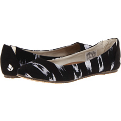SALE! $18.56 - Save $37 on Reef Tropic (Black White 2) Footwear - 66.86% OFF $56.00