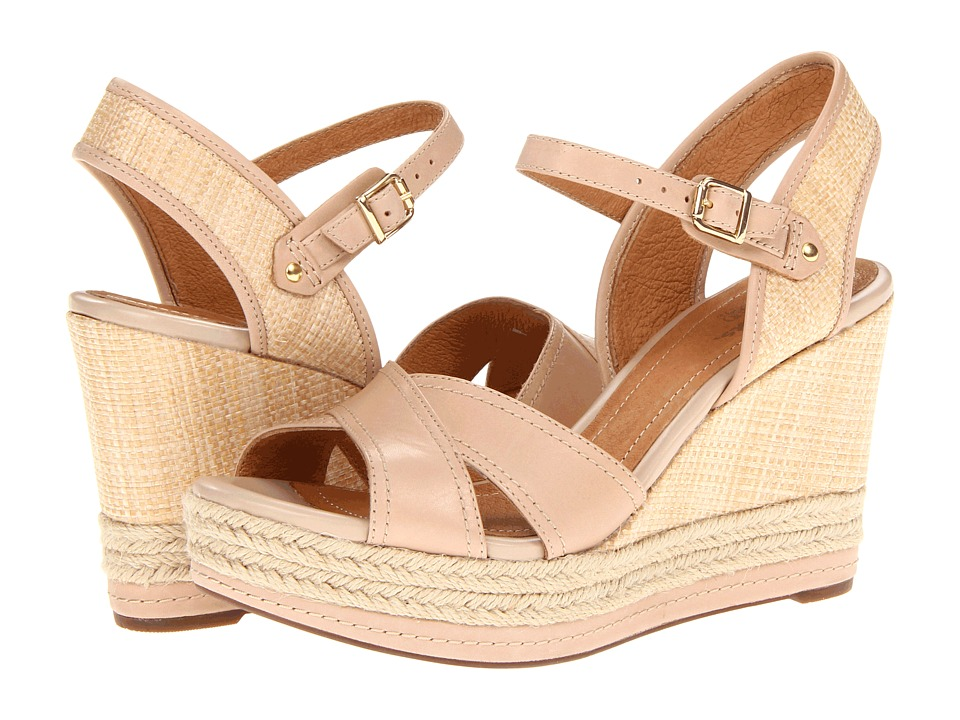 Clarks - Amelia Air (Nude) Women's Wedge Shoes
