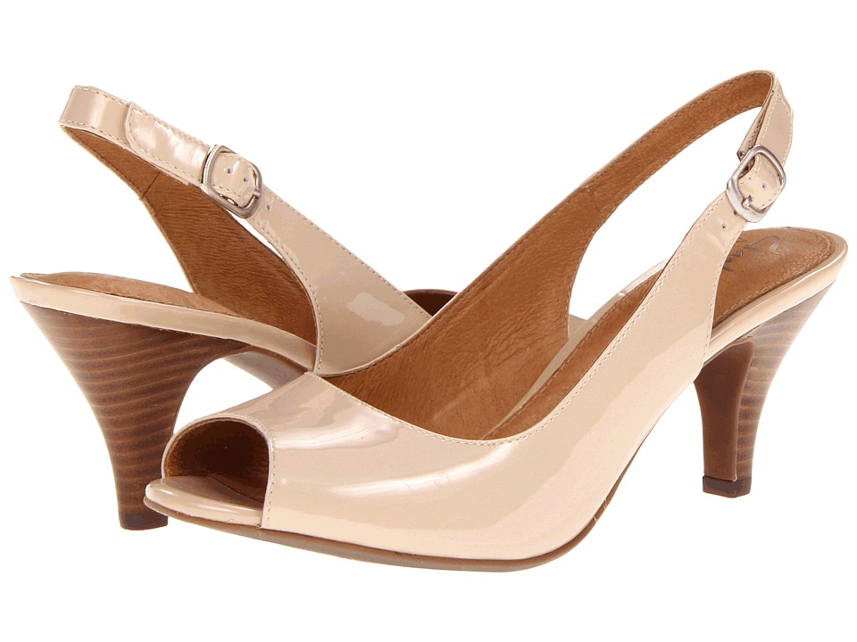Clarks - Cynthia Fest (Nude Patent Leather) Women's Shoes