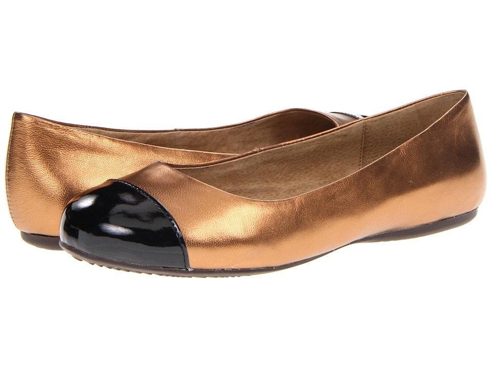 SoftWalk - Napa (Bronze/Black Soft Metallic Leather/Patent Man Made) Women's Flat Shoes