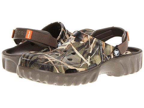 Crocs - Off Road Realtree (Unisex) (Chocolate/Chocolate) Clog Shoes