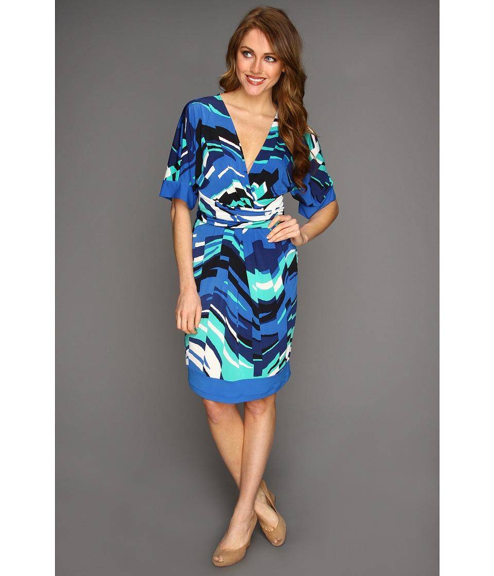 BCBGMAXAZRIA - Kaitlin S/S Printed Matte Jersey Wrap Dress (Larkspur Blue Combo) Women's Dress
