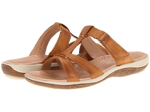 Acorn - C2G Lite T-Strap (Fawn) Women's Slippers