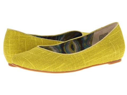 Seychelles - Head In The Clouds (Yellow) Women's Flat Shoes