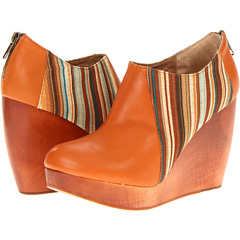 FIEL Bateau (Cognac Cognac) Footwear