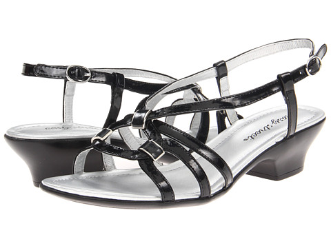 Easy Street - Perfecta (Black Patent) Women's Sandals