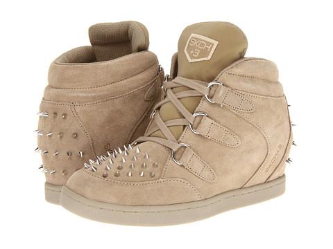 SKECHERS - SKCH Plus 3 - Fangs (Dark Natural) Women's Wedge Shoes