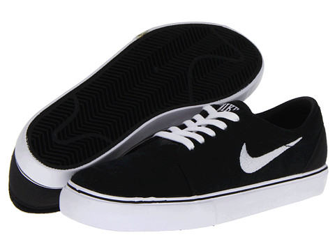 Nike SB Kids - Satire (Big Kid) (Black/Black/Black/White) Boys Shoes