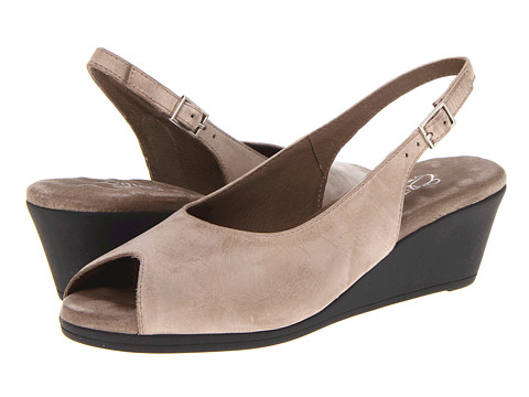 Walking Cradles - Holiday (Sage Urban Leather) Women's Wedge Shoes