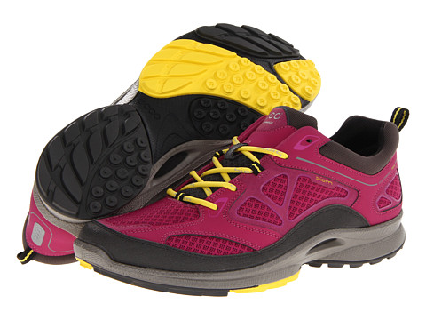 Ecco Performance - Biom Ultra Quest (Dark Shadow/Fuchsia/Buttercup) Women's Running Shoes