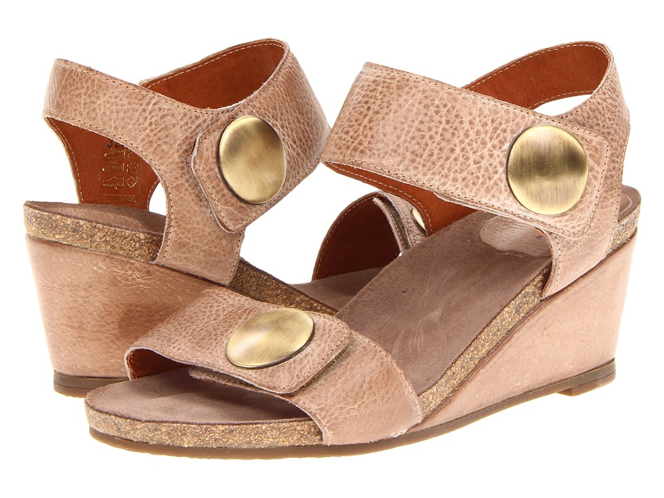 Taos Footwear - Carousel (Taupe) Women's Shoes