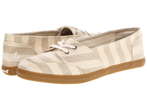 Reef - Deck Hand (Tan/Stripes) Women's Slip on Shoes