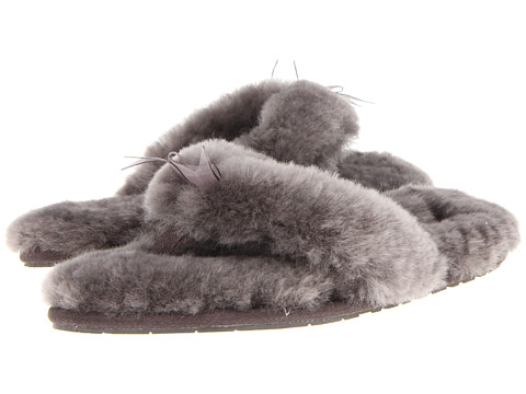 7a1b7368df5 UPC 887278029540. ZOOM. UPC 887278029540 has following Product Name  Variations  Ugg Fluff Flip Flop Slipper - Women s Size 9