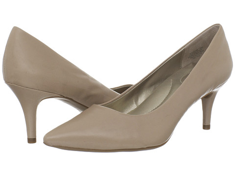 Bandolino - Inspire (Natural Leather) High Heels