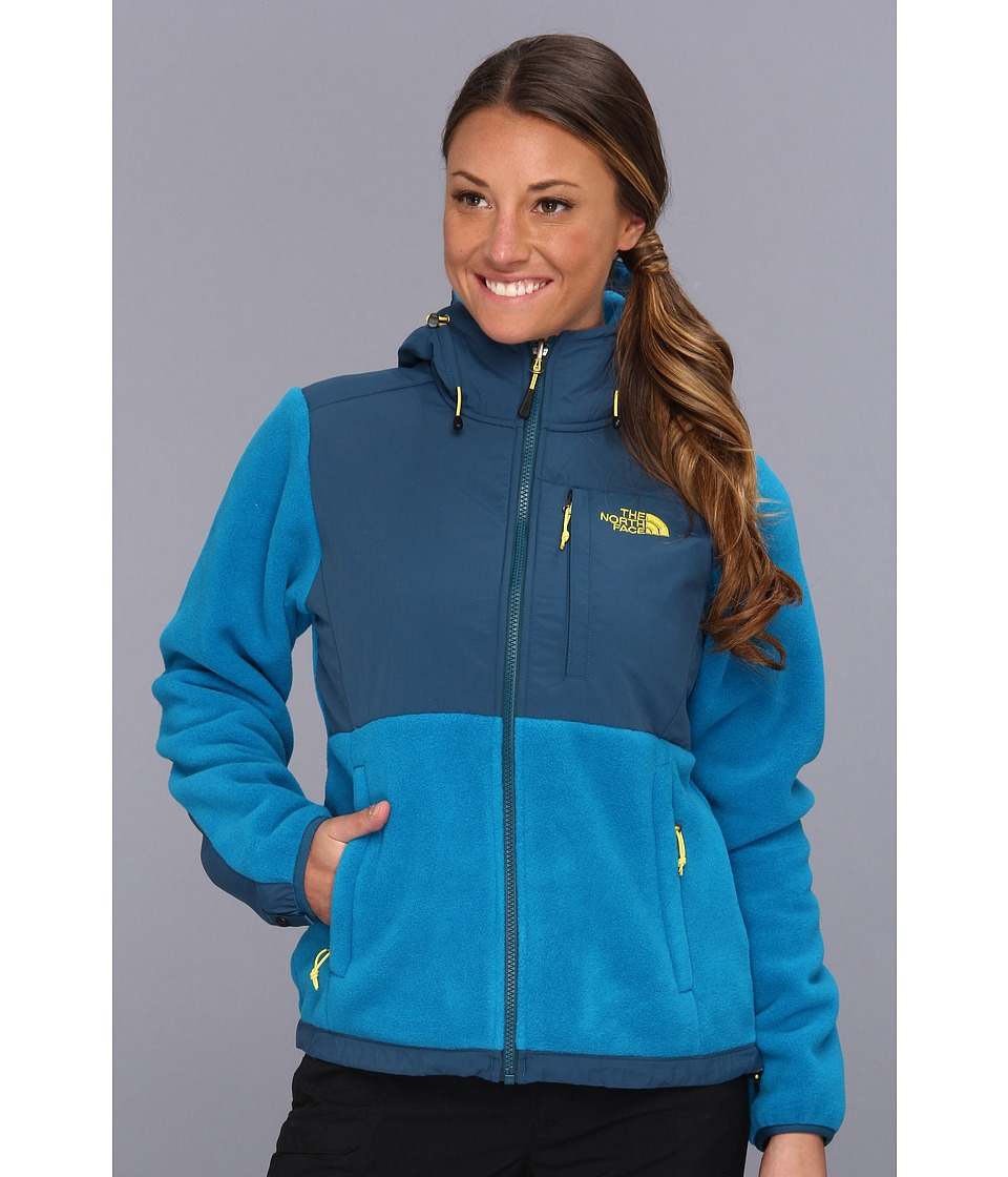 The North Face - Denali Hoodie (R Brilliant Blue/Prussian Blue) Women's Coat