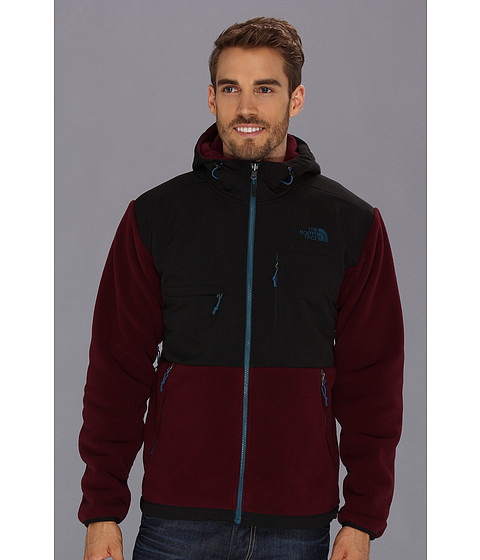 The North Face Denali Hoodie (Malbec Red/TNF Black) Men's Coat