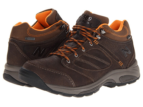 New Balance - MW1569 - GORE-TEX (Brown/Orange) Men's Shoes