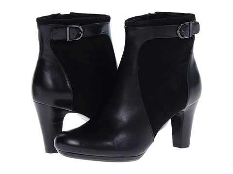 Clarks - Society Round (Black Leather) Women's Boots
