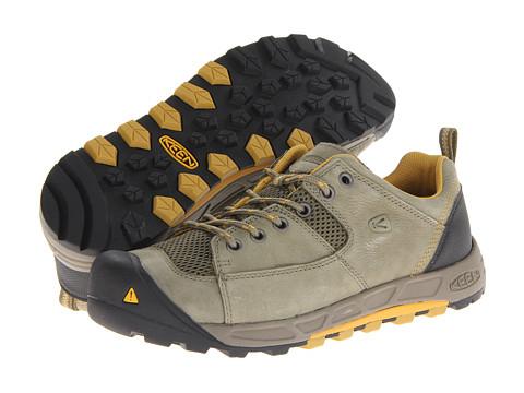 Keen Wichita (Burnt Olive/Tawny Olive) Women's Hiking Boots