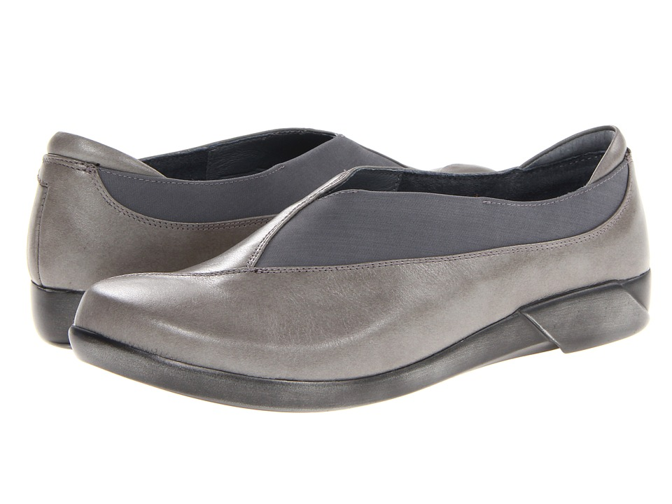 Naot Footwear - Montage (Rainy Gray Leather/Gray Stretch) Women
