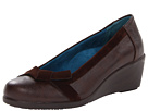 VIONIC with Orthaheel Technology Chloe Bow Wedge (Chocolate)