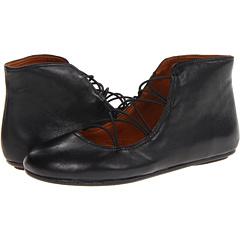 Gentle Souls Bayco (Black) Footwear