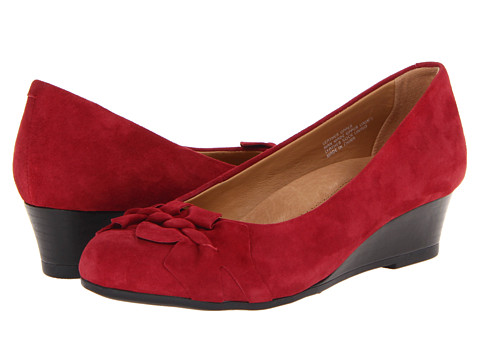 Earth - Teaberry (Deep Red Suede) Women's Wedge Shoes