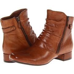 Earth Wickwire (Almond Full Grain Leather) Footwear
