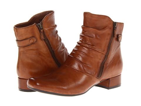 Earth - Wickwire (Almond Full Grain Leather) Women