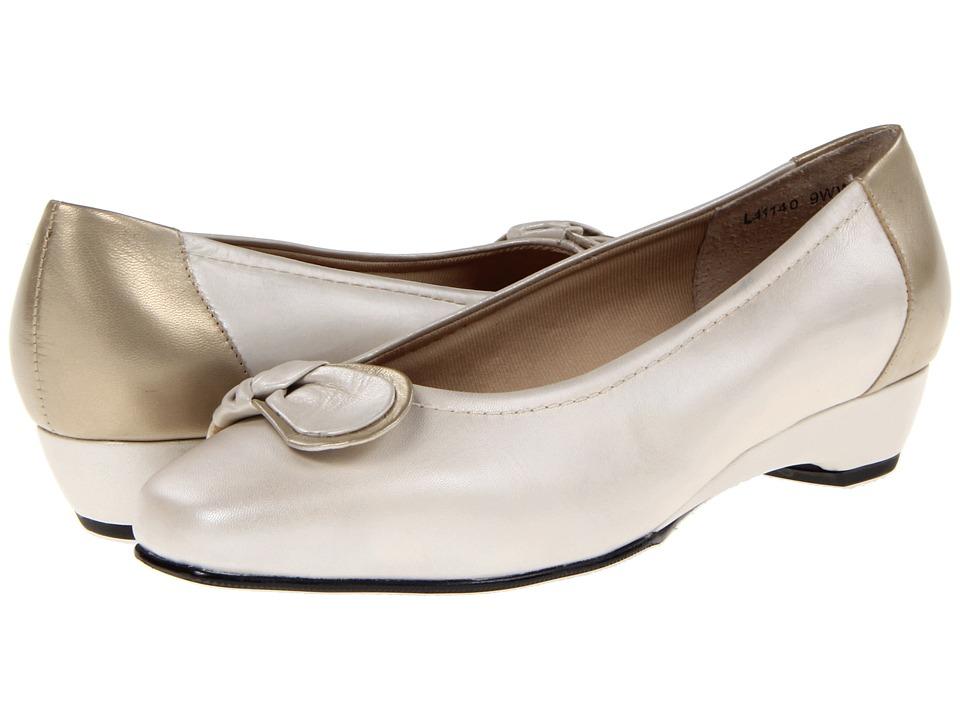Rose Petals - Bean (Silver Pres (Bone) Platino) Women's Slip on Shoes