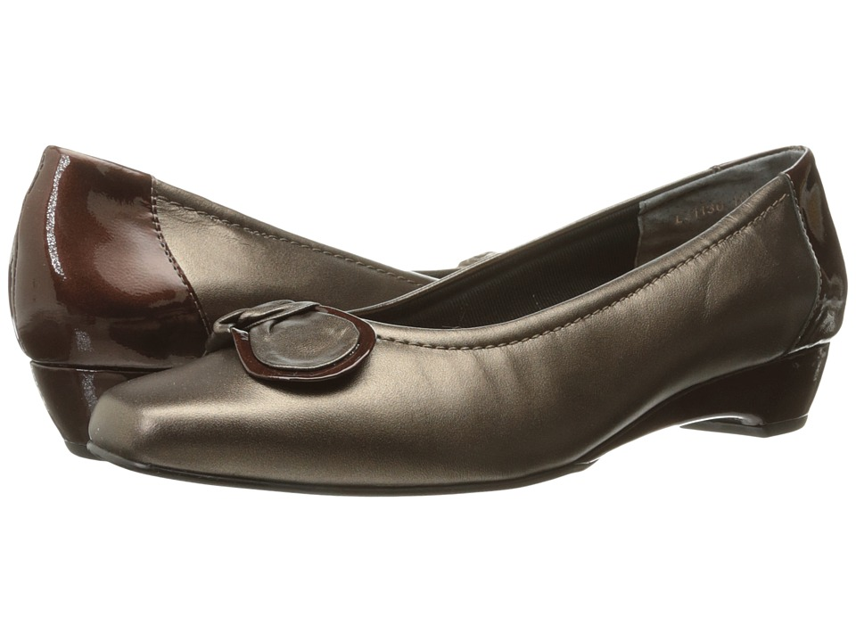Rose Petals - Bean (New Bronze Kid/Patent) Women's Slip on Shoes