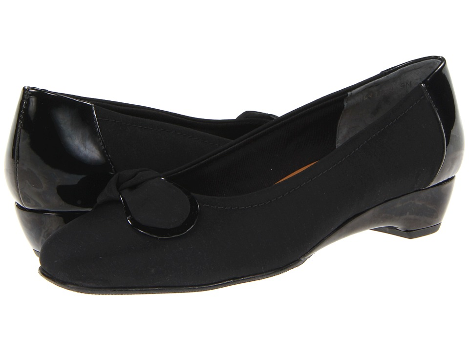 Rose Petals - Bean (Black Micro/Patent) Women's Slip on Shoes